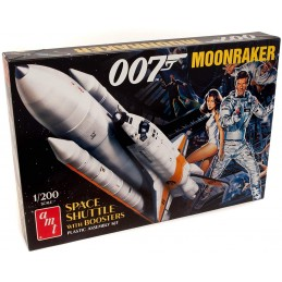 JAMES BOND 007 MOONRAKER SPACE SHUTTLE WITH BOOSTERS MODEL KIT 1/200 FIGURE AMT