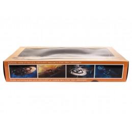 POLAR LIGHTS STAR TREK U.S.S. DISCOVERY NCC-1031 DISPLAY MODEL FIGURE
