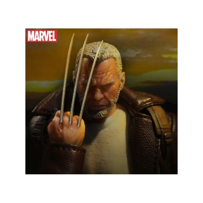 MEZCO TOYS MARVEL WOLVERINE OLD MAN LOGAN CLOTH ACTION FIGURE