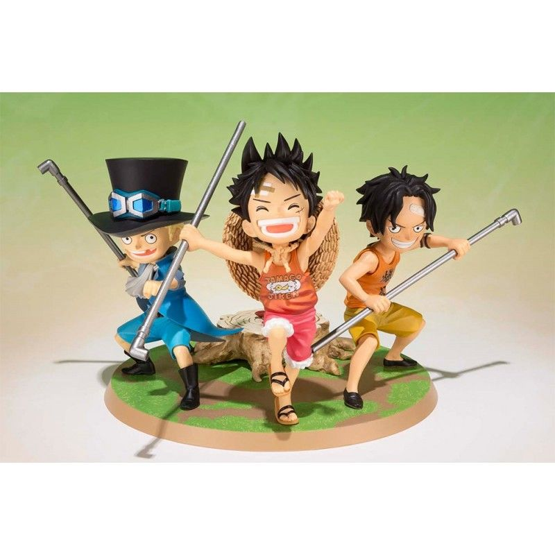 ONE PIECE FIGUARTS ZERO - LUFFY ACE SABO FIGURE BANDAI