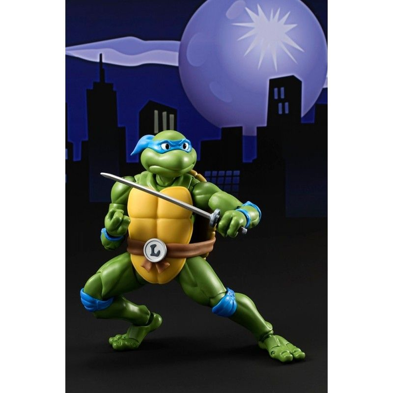 BANDAI TMNT TEENAGE MUTANT NINJA TURTLES - LEONARDO FIGUARTS ACTION FIGURE