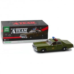 GREEN LIGHT COLLECTIBLES A-TEAM - 1977 PLYMOUTH FURY U.S. ARMY POLICE COLONEL RODERICK DECKER 1/18 DIECAST MODEL FIGURE