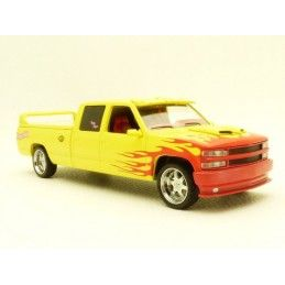KILL BILL - DIE CAST METAL PUSSY WAGON 1997 CHEVROLET C-2500 1/43 MODEL GREEN LIGHT COLLECTIBLES