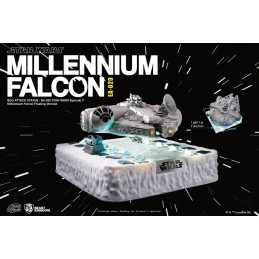 STAR WARS EPISODE V - MILLENNIUM FALCON EGG ATTACK STATUE FIGURE BEAST KINGDOM