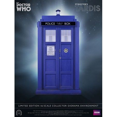 DOCTOR WHO - TARDIS 11TH DOCTOR 1/6 SCALE COLLECTOR 40 CM REPLICA