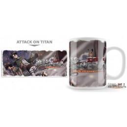 ATTACK ON TITAN BROTHERS IN ARMS MUG TAZZA IN CERAMICA UNEKORN