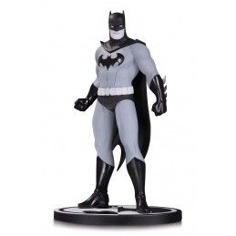 BATMAN BLACK AND WHITE - BATMAN BY AMANDA CONNER STATUE FIGURE DC COLLECTIBLES