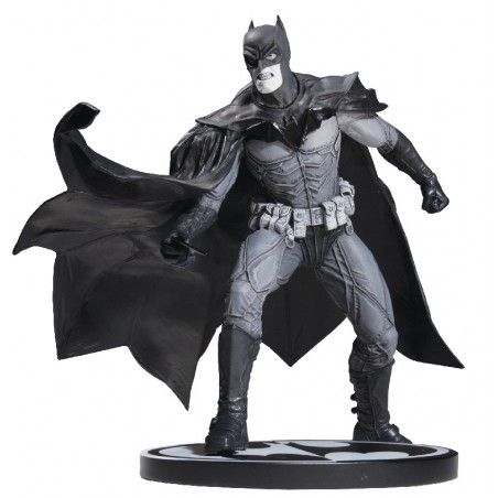 BATMAN BLACK AND WHITE - BATMAN BY LEE BERMEJO STATUE 2nd ED.