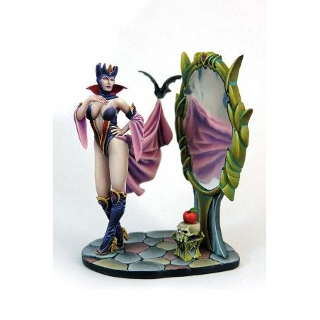 EVIL QUEEN RESIN FIGURE MINI STATUE MODEL KIT