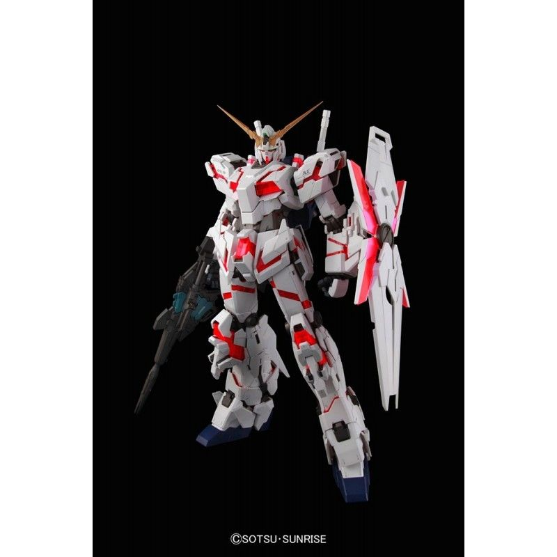 PERFECT GRADE PG GUNDAM UNICORN RX-0 1/60 MODEL KIT BANDAI