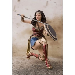 JUSTICE LEAGUE WONDER WOMAN S.H. FIGUARTS ACTION FIGURE