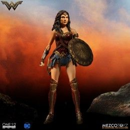 DC COMICS WONDER WOMAN CLOTH ONE:12 ACTION FIGURE MEZCO TOYS