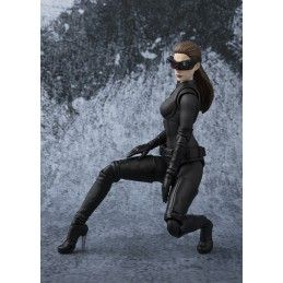 THE DARK KNIGHT CATWOMAN S.H. FIGUARTS ACTION FIGURE