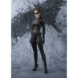 BANDAI THE DARK KNIGHT CATWOMAN S.H. FIGUARTS ACTION FIGURE