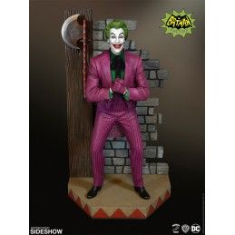 BATMAN CLASSIC SERIES - THE JOKER DIORAMA STATUE 35 CM FIGURE