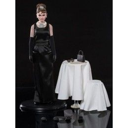 BREAKFAST AT TIFFANY'S - AUDREY HEPBURN 30 CM ACTION FIGURE STAR ACE