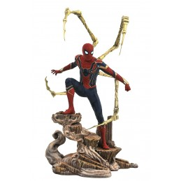 MARVEL GALLERY AVENGERS 3 IRON SPIDER-MAN STATUA FIGURE DIAMOND SELECT