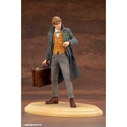FANTASTIC BEASTS CRIMES OF GRINDELWALD NEWT SCAMANDER ARTFX+ STATUE