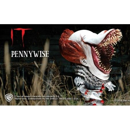 IT PENNYWISE DEFORMED SCARY VERSION ACTION FIGURE