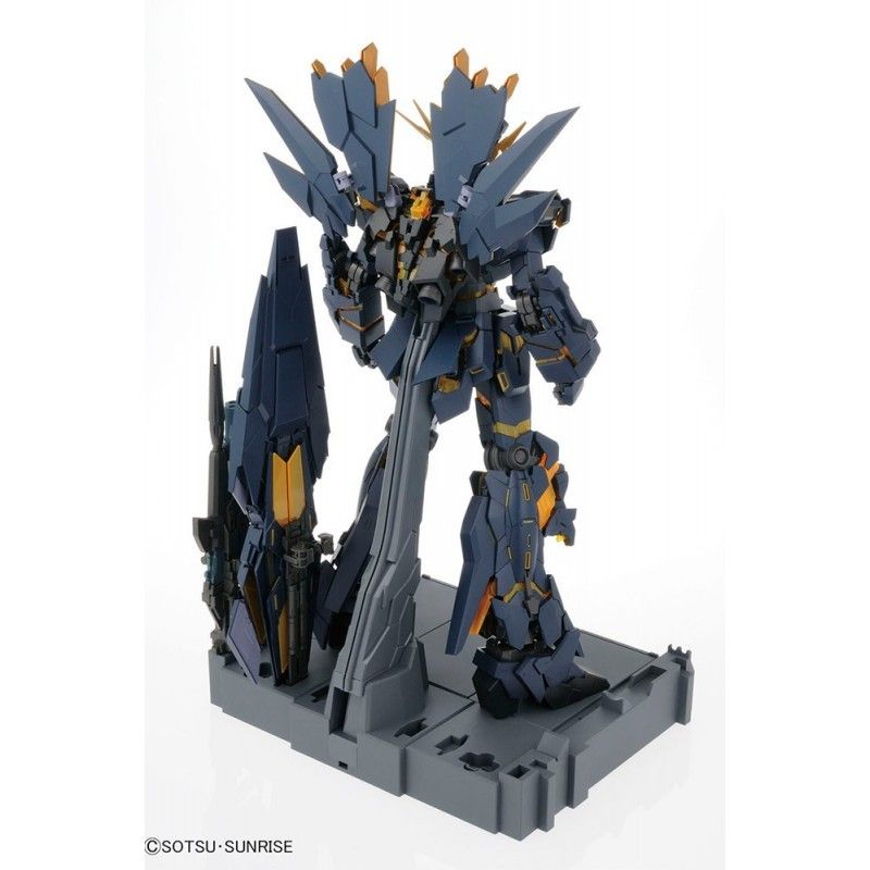 BANDAI PERFECT GRADE PG UNICORN GUNDAM 02 BANSHEE NORN 1/60 MODEL KIT FIGURE