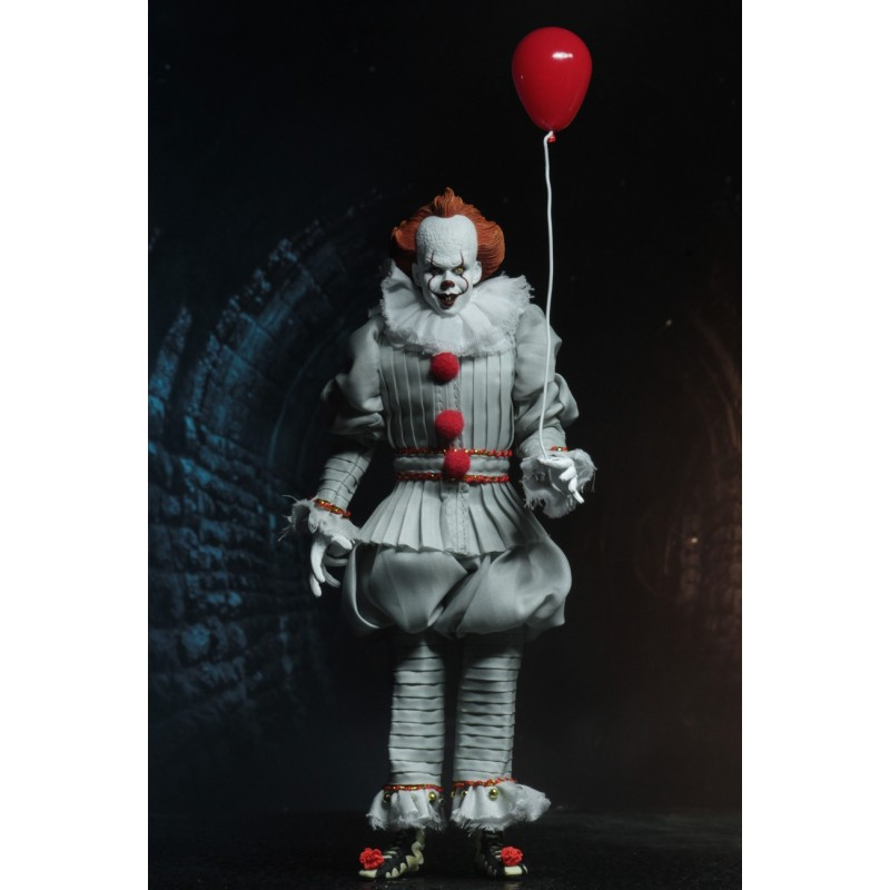 NECA IT 2017 PENNYWISE CLOTHED VERSION 20CM ACTION FIGURE