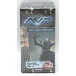 AVP THE HUNT BEGINS - ALIEN EVOLVED WARRIORS UNICAST SET EXPANSION FIGURE