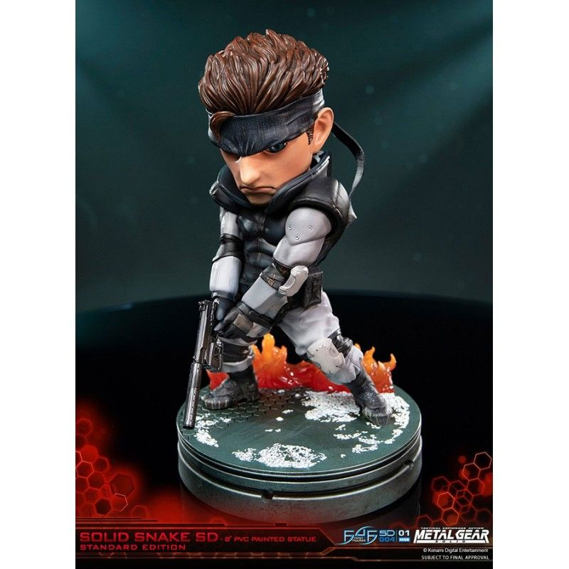 METAL GEAR SOLID SNAKE SUPERDEFORMED 20 CM PVC STATUE FIGURE