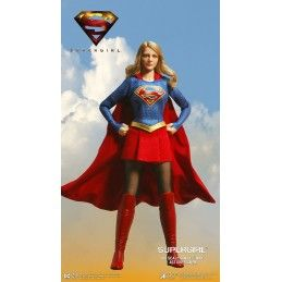 SUPERGIRL 1/8 SCALE COLLECTIBLE ACTION FIGURE STAR ACE
