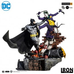 BATMAN VS JOKER BATTLE DIORAMA BY IVAN REIS 50 CM IRON STUDIOS