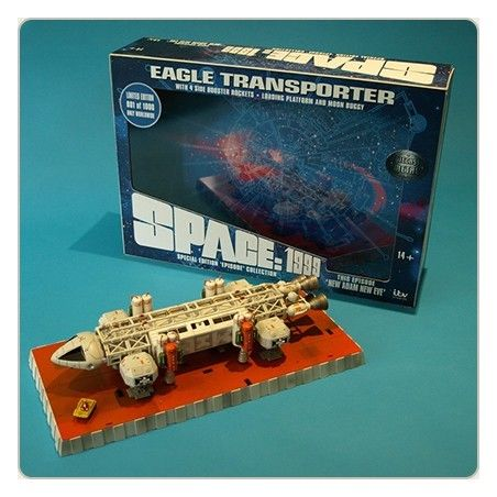 SPACE SPAZIO 1999 - EAGLE TRANSPORTER NEW ADAM NEW EVE DIE CAST REPLICA FIGURE