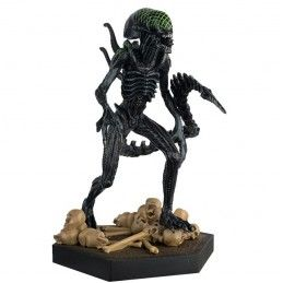 THE ALIEN AND PREDATOR FIGURINE COLLECTION GRID XENOMORPH (ALIEN VS PREDATORS) FIGURE EAGLEMOSS