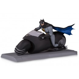 BATMAN THE ANIMATED SERIES - BATCYCLE AND BATMAN ACTION FIGURE