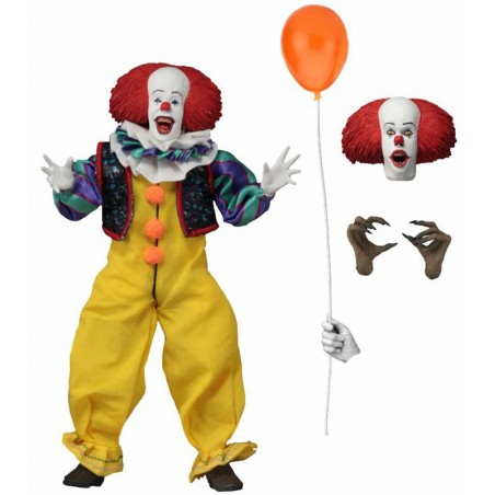 IT 1990 PENNYWISE CLOTHED ACTION FIGURE