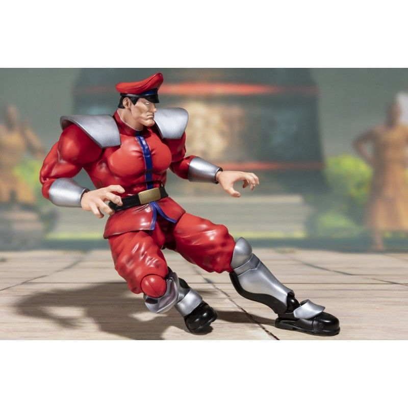 BANDAI STREET FIGHTER MISTER BISON S.H. FIGUARTS ACTION FIGURE