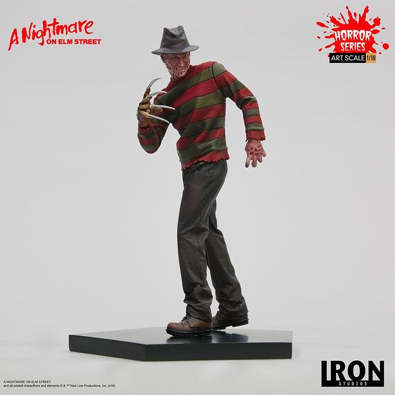 Nightmare On Elm S Street Freddy Krueger Statue Iron Studios