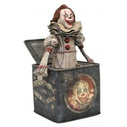 GALLERY IT 2 PENNYWISE IN BOX FIGURE STATUE DIAMOND SELECT
