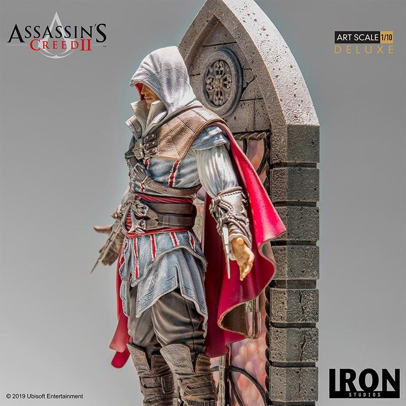ASSASSIN'S CREED - EZIO AUDITORE ART SCALE 1/10 DELUXE STATUE 31CM FIGURE IRON STUDIOS