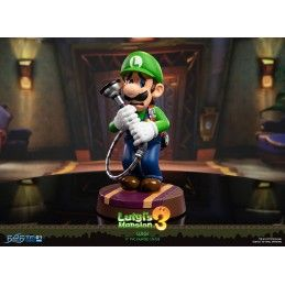 FIRST4FIGURES LUIGI'S MANSION 3 - LUIGI PVC STATUE 23 CM FIGURE
