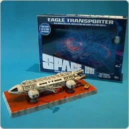 SPACE SPAZIO 1999 - EAGLE TRANSPORTER THE EXILES DIE CAST REPLICA FIGURE SIXTEEN 12