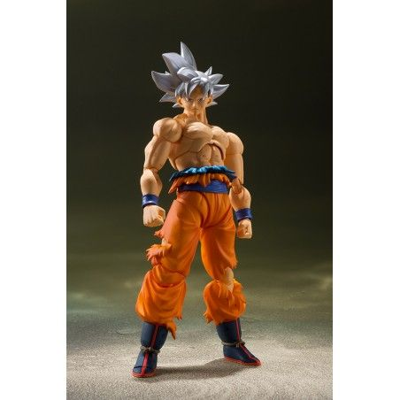 DRAGON BALL SUPER - SON GOKU ULTRA INSTINCT S.H. FIGUARTS ACTION FIGURE