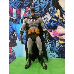 DC COMICS - BATMAN ACTION FIGURE (NO BLISTER) DC COLLECTIBLES