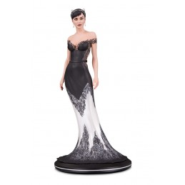 DC COVER GIRLS - CATWOMAN WEDDING DRESS BY JOELLE JONES STATUE RESIN 26CM FIGURE DC COLLECTIBLES