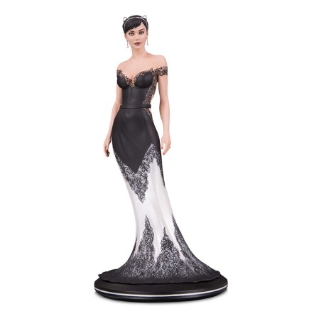 DC COVER GIRLS - CATWOMAN WEDDING DRESS BY JOELLE JONES STATUE RESIN 26CM FIGURE
