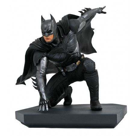 DC GALLERY INJUSTICE 2 - BATMAN 17CM FIGURE STATUE