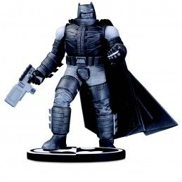BATMAN BLACK AND WHITE ARMORED BY FRANK MILLER 20CM RESIN STATUE FIGURE DC COLLECTIBLES