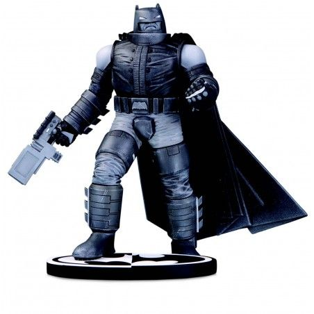 BATMAN BLACK AND WHITE ARMORED BY FRANK MILLER 20CM RESIN STATUE FIGURE