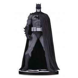 DC COLLECTIBLES BATMAN BLACK AND WHITE BY JIM LEE 18CM RESIN STATUE FIGURE