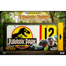 DOCTOR COLLECTOR JURASSIC PARK LICENSE PLATE REPLICA LEGACY COLLECTION DENNIS NEDRY TARGA REPLICA
