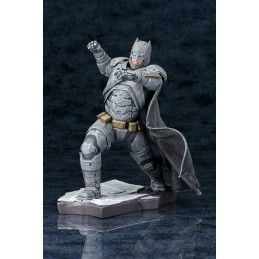 KOTOBUKIYA BATMAN V SUPERMAN DAWN OF JUSTICE ARMORED BATMAN ARTFX+ STATUE FIGURE
