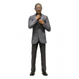 BREAKING BAD GUS FRING ACTION FIGURE IN BLISTER MEZCO TOYS